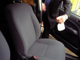 車のシートの消臭