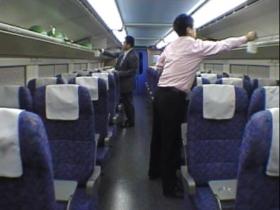新幹線の臭いを消臭